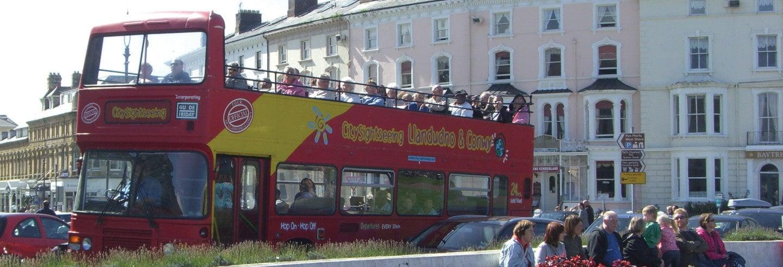 Autobús turístico de Llandudno