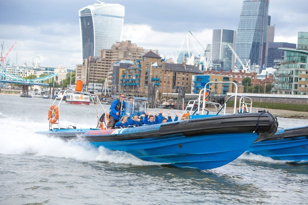 London River Thames Jet speedboat experience ...