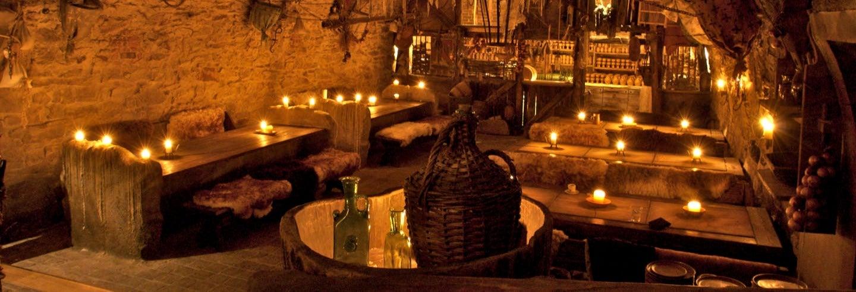 Cena y espectáculo medieval