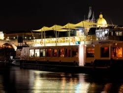 ,Crucero por el río Moldova,Con cena incluida