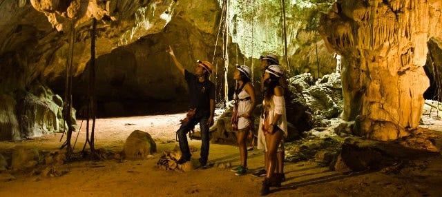 Visita guiada a la cueva Iguabonita
