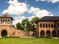 Jardines del palacio de Mogosoaia