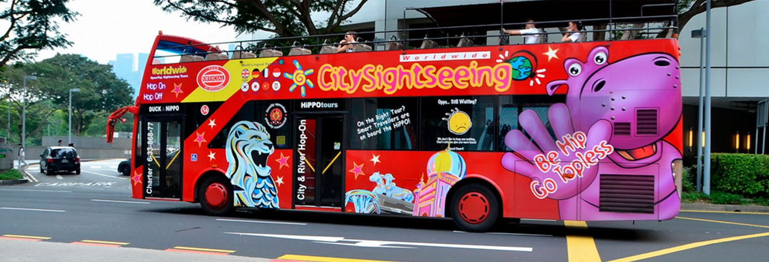 Singapore Tourist Bus