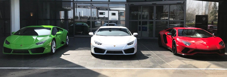 Tour por Singapura de Ferrari ou Lamborghini