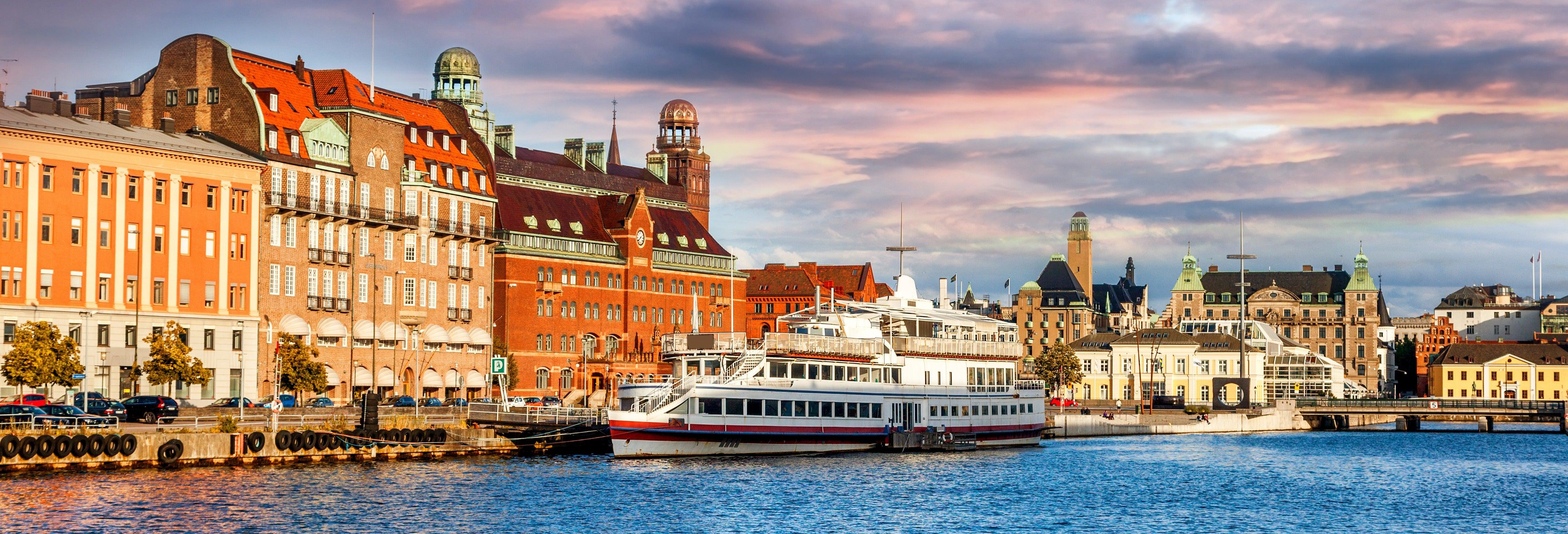 Passeio de barco pelos canais de Malmö