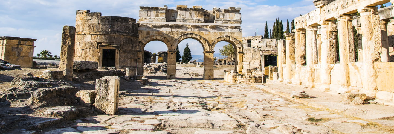 Excursión a Hierápolis y Pamukkale en avión