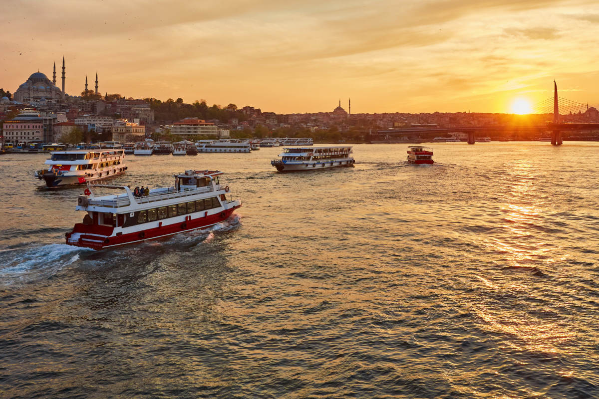 Sunset Cruise on the Bosphorus in Istanbul - Book at Civitatis.com