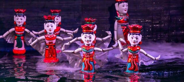 Spettacolo di marionette sull'acqua